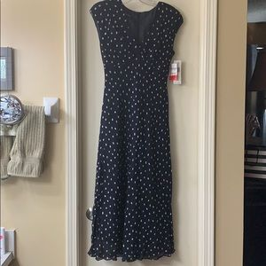 Jones New York NWT lined long dress